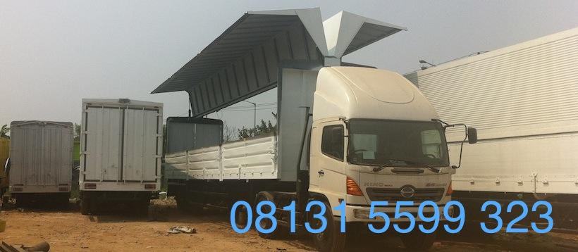 hino-wingbox-trailer