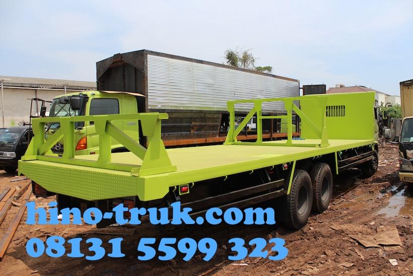 Hino-fl-235-jw-karoseri-bak-truk-flatbed