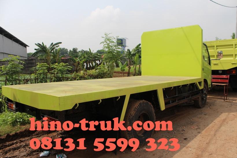 hino-dutro-130-hd-bak-truk-flatbed