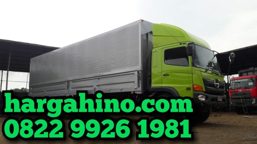 hino-fm-260-jw-karoseri-wingbox-tangguh-dan-perkasa